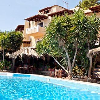 Vasilaras hotel - Agistri - front view